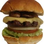 サントゥーダイナー - ブラウンマッシュルームバーガー