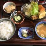 げんごろう - 日替わり定食 550円(嬉しい税込価格)
