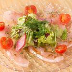 ワイガヤ - 鮮魚のカルパッチョ