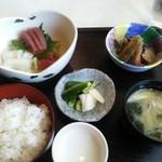 71383209 - 刺身定食(¥980税込)