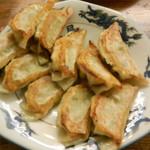 Kiyomiya - 餃子はニンニク多めの薄皮で美味しかったです