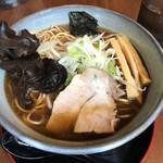 北海道らーめん 鷹の爪 - 焦がしラード 醤油 麺大盛