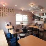 八郎酒場 - 2階席