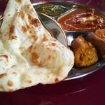 インド料理 NIRVANA - Sセットを別角度から。