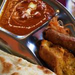 インド料理 NIRVANA - バターチキンカレー、チキンティッカ、シークカバブ、漬物
