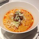 ドゥ エピセ - 担々麺冷