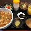 和鶏ダイニング すずめ - 料理写真:カツどんセット&オレンジジュース