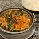 大倉山 - トップフォト チゲ鍋とライス