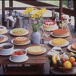 プティ・ホテル セ・ボン - 食べ放題の手作りデザートは甘さ控えめ