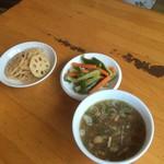 71390296 - 前菜とスープ