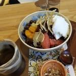 日本茶甘味処あずき - 料理写真:白玉クリームあんみつ 800円