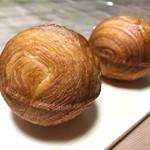 パン屋カフェ キャトル - レント 1個 120円