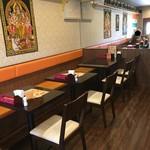 インド料理 INDIA - 店内