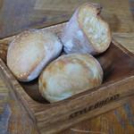 アメニテ ギンザ - パン