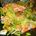 魚河岸料理 うおぎん - 海鮮サラダ