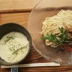 箸とレンゲ - 「トウモロコシの冷たいつけ麺」(2017年8月11日)