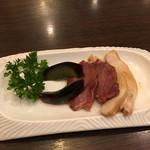 翡翠楼 新館 - 前菜。