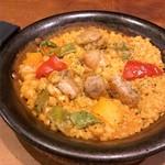 スペイン海鮮料理 ラ マーサ - ランチセットのパエリア 鶏とひよこ豆のパエリア