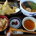 ひさ家 - 天ぷら定食?だったかな?