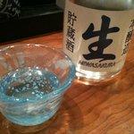 7142124 - 【2011/3再訪】先ずはビールで乾杯し、直ぐに冷酒を頂きました。