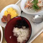 名張シティホテル - 料理写真:サラダほか