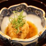 の弥七 - 前菜三段盛り:胡麻豆腐の揚げ物