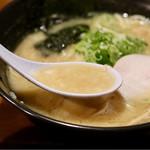 濃厚鶏白湯らーめん 鶏まさ - 超濃厚などろどろスープ