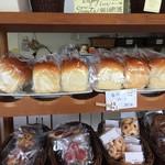 夢語寄家 - ふわっふわの食パン