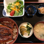 亀八 - うな丼1000円✨安すぎ(^^)