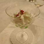 マダム・トキ - 季節のプティデセール ダイキリのイメージ タピオカ マンゴー ドライストロベリー