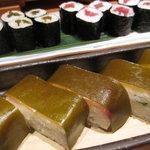 長八 - なみだ巻き、鉄火巻き、鯛の昆布押し寿司