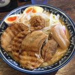 麺屋 武士道 - ドカ『特製』盛り野菜ラーメン味噌1,015円