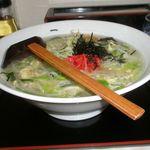 華林 - 料理写真:華林らーめん 787円