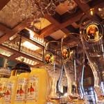 フランツクラブ浜松町  - 色々なサイズのグラスがあります