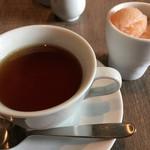71442289 - 紅茶と氷菓子