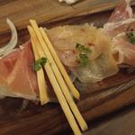 秋葉原 肉バル201 -