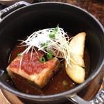 海の神山の神 - 豚角トマト煮