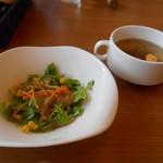 洋食バル マカロニ食堂 - サラダ&スープ(^^)