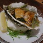 71463790 - 男鹿産の天然岩牡蠣と蓴菜2