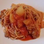 71464208 - 自家製ソーセージと冬瓜のトマトソース スパゲッティーニ