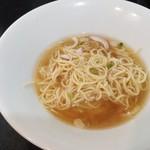 麺処 晴 - 冷やし和え玉を「冷やし」スープに投入(2017年8月13日)