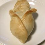 ベーカリーカフェ カシュカシュ - とうもろこしルックスのパン(2017.08現在)