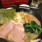 魚介豚骨らー麺 一番舎 - 魚介豚骨ラーメン