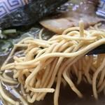 自家製麺 佐藤 - 細麺アップ