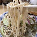 71479809 - 【2017.7.24】柔目な茹で上げの中細麺。