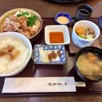 九尾 - 和豚もちぶた生姜焼き定食1320円
