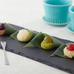 京の麩菓子屋 ゆふころろ - 雫麩饅頭 (左から)カシスの雫/ライチの雫/玉露の雫/木苺の雫