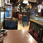 コーヒーショップ マル屋 - 店内