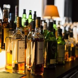 BARならでは!豊富なワインにカクテル、ウイスキーをご用意♪