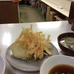 天ぷら定食ふじしま - カウンターが見えるかな?